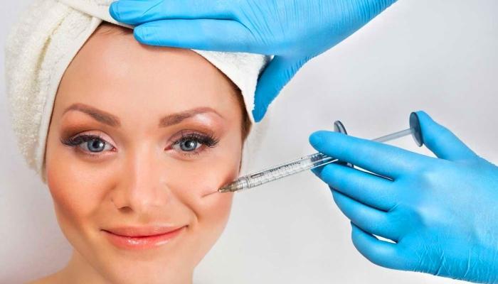 Биоревитализация - это введение специальных препаратов с гиалуроновой кислотой под кожу