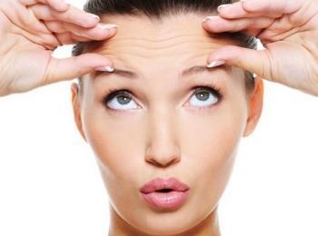 Пользоваться мимикой и массировать лицо после процедуры нельзя