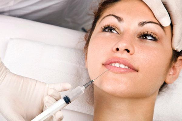 Коррекция губ филлером
